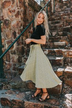 Force of Nature Skirt Senior Photo Outfits, Girl Outfits, Fashion Outfits, Stylish Outfits, Pretty Outfits, Beautiful Outfits, Senior Picture Clothes, Unique Senior Pictures, Girl Senior Pictures