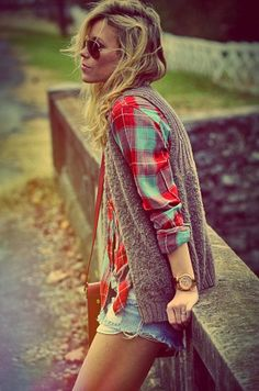 Grey Sweater,Flannel,Jeans Shorts and Ray Bans