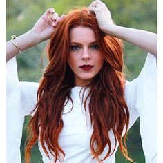 Burgundy Brown - 40 Red Hair Color Ideas – Bright and Light Red, Amber Waves, Ginger Hair Color - The Trending Hairstyle Red Brown Hair, Red Orange Hair, Long Red Hair, Pink Hair, Red Hair Red Lips, Red Hair Makeup, Orange Brown, Dark Brown, Beautiful Red Hair