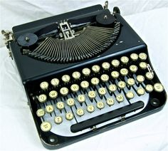 Working Vintage Remington Portable Typewriter by anodyneandink, $175.00