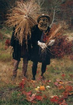 "quatermasspitt: "" 'Grassman and the Scarecrow' by Richard Williams for 'Sacred Rage: The Hellbent Vision of Richard. Irish Halloween, Scary Halloween Costumes, Fall Halloween, Halloween Crafts, Halloween Decorations, Scary Scarecrow Costume, Halloween Rules, Whimsical Halloween, Halloween Ideas"