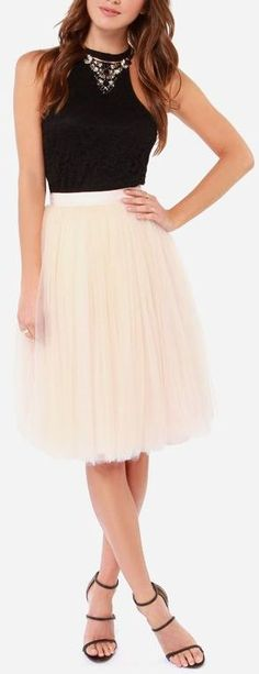 Peach Tulle Skirt -- channeling inner Carrie Bradshaw #SITC