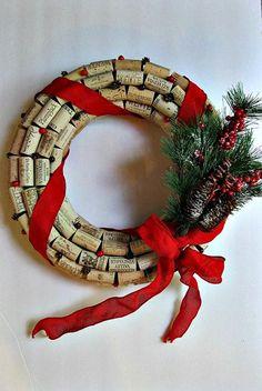 easy DIY cork wreath ideas handmade christmas decoration ideas