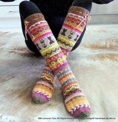 Kirjoneulesukat Allepolven malli  Handknitted cute cat- socks, my own Design.  Original Design© Handmade By Minna  ©M.Leinonen-Tyni, All Rights Reserved