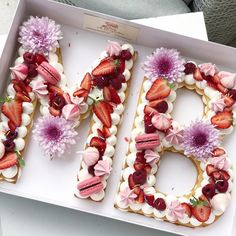 "7,205 Me gusta, 232 comentarios - Adi Klinghofer (@adikosh123) en Instagram: ""Happy Birthday עוד מזל טוב בסגנון ורוד #gargeran #foodil #pink #macaron #flower #biscuit…"""