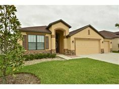 8522 WHITE POPLAR DR, RIVERVIEW, FL 33578 - Listing #: T2625697 Looking for a newer home, come see this immaculate Pinehurst Model In the secure , gated community of Oak Creek. From the moment you step thru the front door you will be wowed. A beautiful well lite entry with an illuminated trey ceiling leads you into the open kitchen, great room area. Kitchen is a chefs dream with granite countertops, 42 inch cabinets, stainless appliances and tile floors.