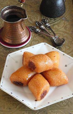 Délices d'Orient: Makrout lassel aux amandes et fève tonka مقروط العسل