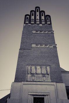 Finger Tower by Balachandar Radhakrisnan, via 500px Hochzeitsturm