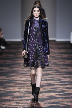 Etro Woman Autumn Winter 16-17 Fashion Show - Discover more: http://www.etro.com/en_it/world-of-etro/woman-collection-aw1617