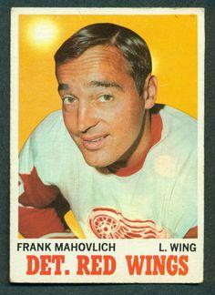 Topps Hockey Card Frank Mahovlich EX Montreal Canadiens, Mtl Canadiens, Detroit Red Wings, Hockey Games, Hockey Players, Ice Hockey, Nhl, Der Club, Hockey Boards