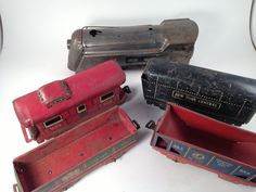 Marx Train Set - Commodor Vanderbilt 0 gauge locomotive, New York Central Oil Tender, Northern Pacific General Coal, Rock Island, & Caboose
