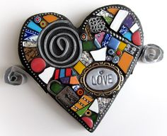 (Small Handmade Original Heart With Wings Mixed Media Mosaic by Shawn DuBois) Mosaic Diy, Mosaic Crafts, Mosaic Projects, Mosaic Wall, Mosaic Glass, Mosaic Tiles, Glass Art, Mosaic Rocks, Stained Glass Patterns