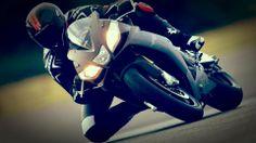rsv4 black 20141 2014 Aprilia RSV4 R APRC ABS Features