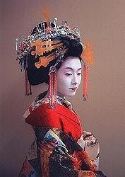 Tayuu (Japanese courtesan or prostitute) Kimono Japan, Japanese Kimono, Traditional Fashion, Traditional Art, Modern Kimono, Memoirs Of A Geisha, Japanese Folklore, Turning Japanese, Japanese Hairstyle