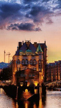 Hamburg, Germany - repinned by www.earthangel-family.de #Hamburg #EuropaPassage #EuropaPassageHamburg