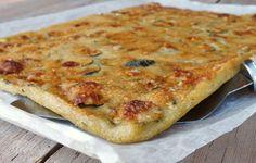 schiacciata di zucchine - Raw Food Recipes, Italian Recipes, Cooking Recipes, Savory Breakfast, Breakfast Recipes, Focaccia Pizza, Fruit Soup, Cinnamon Cake, Cheese Pies
