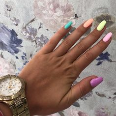 18 Cute Summer Nail Designs to Copy Right Now-- Cute Multi Color Nails suit sum.-- 18 Cute Summer Nail Designs to Copy Right Now-- Cute Multi Color Nails suit summer days! Bright Summer Nails, Cute Summer Nails, Cute Nails, Pretty Nails, Nail Summer, Summer Colors, Classy Nails, Spring Nails, Nails Yellow