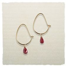 Love the simple earring!