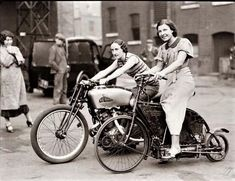 1920s big twin, little single (motorcycles that is)