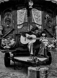 Gypsy:  Gitani (#Gypsies),  Les Saintes Maries de la mer - Camargue - Provenza.