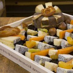 Une pr sentation de fromages simple mais avec beaucoup de go ts et de jolies couleurs r pingl - Quantite fromage par personne ...