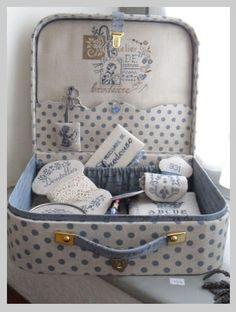 Monta tu maleta de cartón