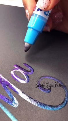 Hand Lettering Art, Hand Lettering Tutorial, Creative Lettering, Bullet Journal Lettering Ideas, Bullet Journal Writing, Art Drawings Sketches Simple, Diy Canvas Art, Letter Art, Calligraphy Art