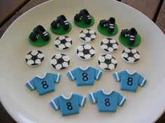 mossy's masterpiece soccer cupcake toppers by Mossy's Masterpiece cake/cupcake designs, via Flickr Fondant Toppers, Cupcake Toppers, Cupcake Cakes, Cup Cakes, Soccer Theme Parties, Soccer Party, Marzipan, Soccer Birthday, 7th Birthday