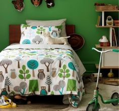 Love this bedding, would go great with the girls' cedar bunk beds!