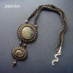 Haft koralikowy by Jagienkaa. Brown necklace by Jagienkaa. Bead Embroidery Jewelry, Beaded Embroidery, Beaded Jewelry, Jewelry Necklaces, Beaded Bracelets, Bead Art, Earth Tones, Bead Weaving, Jewelery