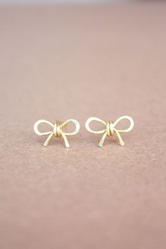 Bow Earrings Bow Stud Earrings 22k Yellow Gold Bow by DiAndDe
