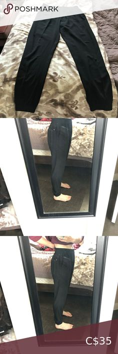 Noir Jogger Style Dress Pant Noir black jogger style dress pant EUC Worn once, but have always been too big for me. Open to offers noir Pants Track Pants & Joggers Black Joggers, Black Jeans, Fashion Dresses, Plus Fashion, Fashion Tips, Fashion Trends, Fashion Joggers, Pant Jumpsuit, Jumpsuits