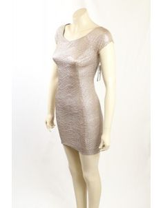Metallic Gold Party dress / Club Wear from GUESS. The dress is fully lined, with a open neck and made in a light stretch textured fabric, comes in size Gold Party Dress, Gold Cocktail Dress, Club Dresses, Metallic Gold, Clubwear, Designer Dresses, Calvin Klein, How To Make, How To Wear