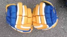 Hockey Gloves, Laptops, Size 12, Spa, Buy And Sell, Entertainment, Models, Handbags, Jewellery