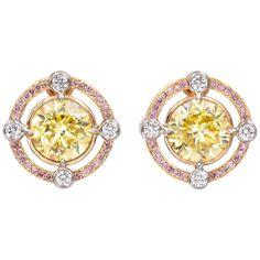 Jewelry For Her, Fine Jewelry, Jewelry Sets, Jewelry Making, Graff Jewelry, Diamond Jewellery, Gold Jewelry, Diamond Earing, Pink Diamond Earrings