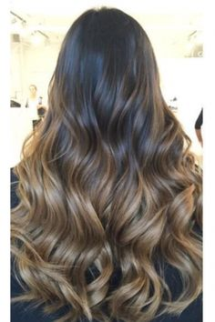 Long Wavy Ash-Brown Balayage - 20 Light Brown Hair Color Ideas for Your New Look - The Trending Hairstyle Cabelo Ombre Hair, Blonde Ombre Hair, Best Ombre Hair, Brown Ombre Hair, Brown Hair Balayage, Ombre Hair Color, Light Brown Hair, Hair Color Balayage, Brown Hair Colors