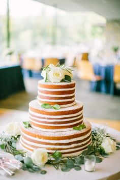 Evenly iced naked cake: http://www.stylemepretty.com/little-black-book-blog/2014/10/24/romantic-morton-arboretum-wedding/ | Photography: Jacqui Cole - http://jacquicole.com/