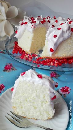 Felizes por festejarmos o 1º aniversário do blogue no facebook, não podiamos deixar de festejar em grande com um bolo bem especial!   E...