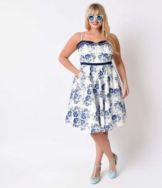 Plus Size 1950s Style Navy & White Floral Blue Spike Circle Swing Dress