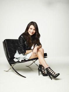 Cute outfit - Miranda Cosgrove