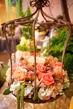 Birdcages and flowers. So romantic.(Sherry spins around with her hands clasped like she's a Disney Princess). Bird Bath Planter, Planters, Barn Wedding Flowers, Room Of One's Own, Wedding Decorations, Table Decorations, Green Rooms, Bridal Show, Flower Market