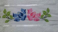 Toalha de Banho - Flores #pontodecruz #pontocruz #crossstitch #artesanato #arte #handicraft #handcraft #art #croche #crochet #xstitch