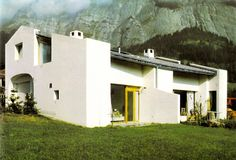 Rudolf Olgiati /// G. Schäfer House /// Flims-Dorf, Graubünden, Switzerland /// OfHouses guest curated by Pedro Dionísio (Elara Fritzenwalden): HYPERMINIMAL The tale «Goytisolo. Space Architecture, Contemporary Architecture, Arch House, Best Architects, Facade, Cottage, Mansions, House Styles, Building