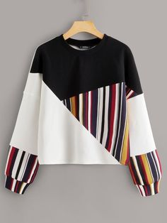 To find out about the Drop Shoulder Colorblock Striped Panel Top at SHEIN, part of our latest Sweatshirts ready to shop online today! Tokyo Street Fashion, Grunge Style, Soft Grunge, Sweat Shirt, Grunge Outfits, Fashion Outfits, Fashion Styles, Le Happy, Spandex Material