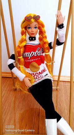 Barbie Doll, Dolls, Quad, Ronald Mcdonald, Samsung, Fictional Characters, Baby Dolls, Puppet, Doll