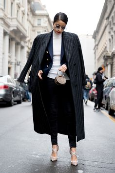 Milan Fashion Week Street Style Fall 2018 Day 4 - The Impression