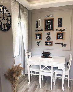 Bu İstanbul Evinde Modern ve Art Deko Buluşmuş – 7 Art Deco, Kitchen Cabinets Models, Kitchen Decor, Kitchen Design, Modern Interior Design, Christmas Home, Home Accessories, Istanbul, Living Spaces