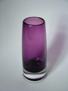 Scandinavian Vintage Riihimaki Vase 1379 By Erkkitapio Siiroinen Art Glass Rare Aubergine Colour