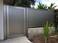 Grill Gate Design, House Gate Design, Door Design, Exterior Design, Gate Designs Modern, Modern Gates, Modern Design, Bamboo Light, Entry Gates
