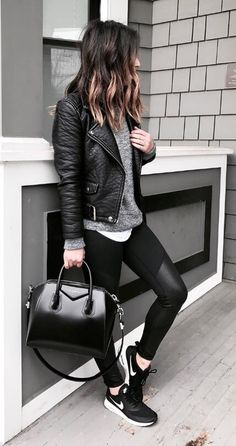 Those leather-trimmed gym leggings make the perfect edgy add-on to a leather moto jacket and Nike trainers.